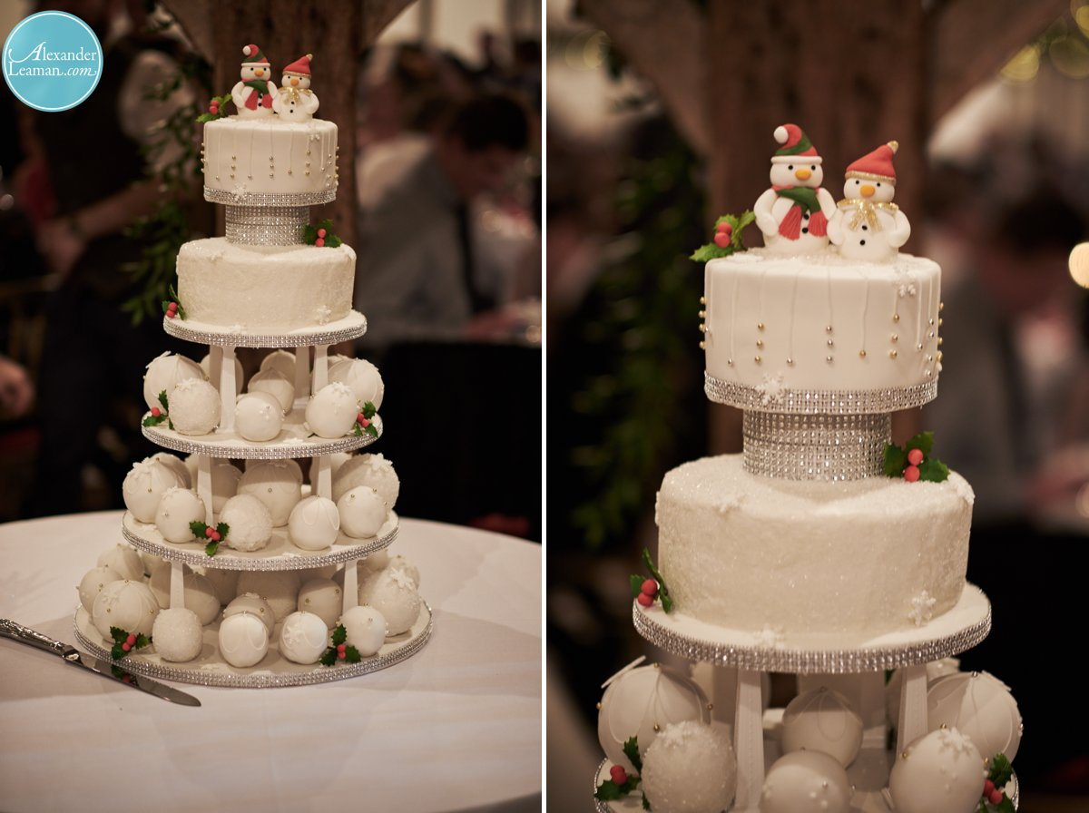 Christmas Wedding Cake